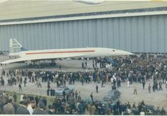 concorde-rolled-out-of-brabazon-hanger-ready-for-maiden-flight.jpg (700×488)