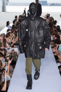 Demna Gvasalia Looks Back at His Once War-Torn Home for Vetements s SS19  Collection. French OutfitCouture WeekFashion Show ... 13902b93420