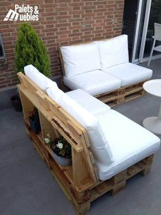 When you plan to invest in patio furniture you want to find some that speaks to you and that will last for awhile. Although teak patio furniture may be expensive its innate weather resistant qualit… Pallet Garden Furniture, Diy Furniture Couch, Diy Sofa, Outdoor Furniture, Furniture Cleaning, Furniture Online, Furniture Makeover, Furniture Ideas, Chill Lounge