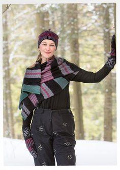 """Gudrun Sjödens WInterkollektion 2015 - Dieser kuschelige Schal  hält nicht nur den Hals schön warm sondern lässt sich auch prima als luftige Stola um die Schultern legen. Bestelle deinen """"Juniper"""" Schal jetzt: http://www.gudrunsjoeden.de/mode/produkte/schals-und-tuecher/schal-juniper-aus-oeko-baumwolle/-wolle"""