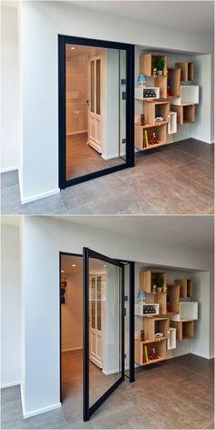 """Pivoterende glazen deur """"Steel Look"""" van Anyway Doors."""