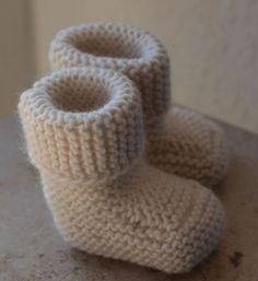 Oh Baby! Garter stitch boots.