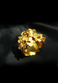 Emilie Bliguet golden ring