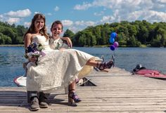 Amy and Julian's wedding pictures are as fun as they are!