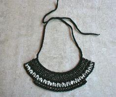 Collana in stile etnico in seta riciclata e cotone di aBimBeri