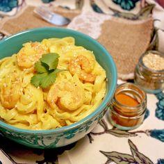 Fideos de Arroz con Salsa de Camarones al Curry