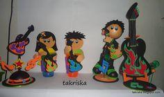 https://www.facebook.com/takriska/photos/a.170744986458916.1073741831.170677443132337/170745086458906/?type=3