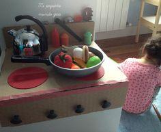 Mi pequeño mundo gira: DIY una cocina de cartón