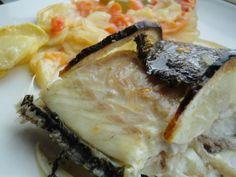 Sargo al horno con verduras Ver receta: http://www.mis-recetas.org/recetas/show/48878-sargo-al-horno-con-verduras