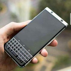 #inst10 #ReGram @aablackberryes: Imagen del que se presume será el nuevo dispositivo de BlackBerry con OS Android ... #DTEK70 Codename: Mercury . Que opinas? #Instagram #inst10 #iGrann #BlackBerry #BlackDroid #BlackBerryClubs #BlackBerryPhotos #BBer #NewBlackBerry #TCL #2017