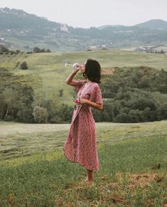 l a ce (ノ ノ ヮ ヮ) ノ *: ・ ゚ ✧ rote Kleidung Summer Outfits, Summer Dresses, Summer Aesthetic, Aesthetic Girl, Aesthetic Clothes, Toscana, Mode Inspiration, Travel Inspiration, Mode Outfits