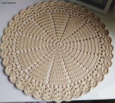 35 in diameter each sousplat - Angela Crochet Table Mat, Crochet Doily Rug, Crochet Placemats, Crochet Dishcloths, Crochet Stitches Patterns, Crochet Home, Crochet Baby, Free Crochet, Free To Use Images