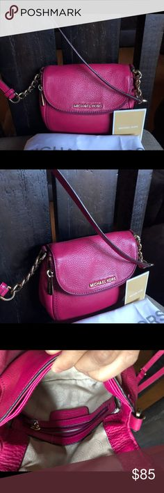 Michael Kors Crossbody 💯% Authentic *•*•*•*•FINAL PRICE•*•*•*•*  EUC  Michael Kors Crossbody  💯% Authentic Beautiful Fuschia Pink   ** FREE DESIGNER PERFUME SAMPLE WITH PURCHASE!! ** Michael Kors Bags Crossbody Bags