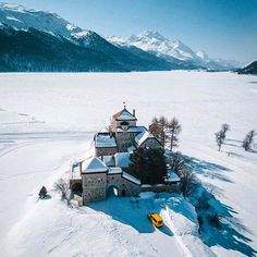 Simply magic #stmoritzsoul #stmoritz #switzerland #magic #castle #lake #ice #wonderland #wow #top #travel #travelblogger #travelphotography… St Moritz, Switzerland, Mount Everest, Wonderland, Travel Photography, Castle, Ice, Magic, Mountains