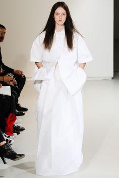 Look 31 Yang Li Spring 2014 #white #volume
