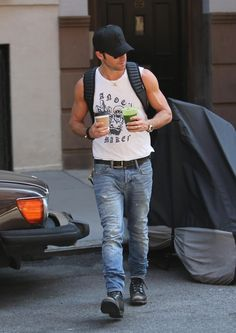 Justin Theroux in All Saints jeans .