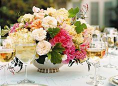 Gorgeous floral arrangement #Wedding #Flowers #Floral #Arrangement #Centerpiece #Decorations #Decor