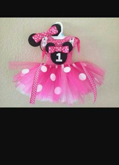 Pink and white Minnie Mouse tutu dress SET with ribbon neck strap and HEADBAND… Tutu Minnie, Pink Minnie, Minnie Mouse Party, Mouse Parties, Minnie Birthday, 1st Birthday Girls, Birthday Ideas, Birthday Frocks, Little Girl Pictures