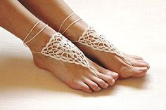 Ivory crochet barefoot sandals/Nude shoes/Foot jewelry/Bridesmaid accessory/Yoga shoes/ Beach accessory/Beach wedding/Belly dance/Anklet