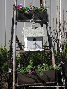 Ladder used for planter- good idea, make matching narrow planters to fit in steps!