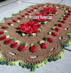 Resultado de imagem para tapetes neiva reis Crochet Coat, Crochet Granny, Crochet Doilies, Crochet Flowers, Crocodile Stitch, Crochet Curtains, Crochet Instructions, Crochet Patterns For Beginners, Flower Patterns