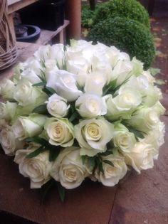 Afscheidsbloemen BLOM BLoemwerk Op Maat, #rouwbloemen #Wageningen