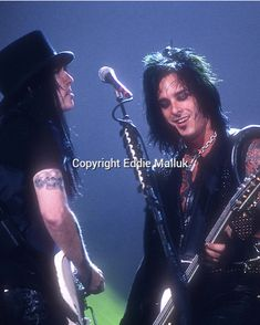 Nikki and Mick Motley Crue Nikki Sixx, Sixx Am, Mick Mars, Vince Neil, Glam Metal, Band Pictures, Tommy Lee, Dream Guy, My Favorite Music