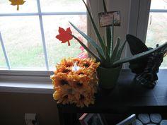 Sunflower candle holder (flameless)