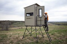 Muddy Outdoors, known for exceptionally high-end and feature driven product lines, has now expanded and revolutionized their line to contain even more options! Deer Hunting, Blinds, Diys, Outdoors, Decor Ideas, Box, Awesome, Home Decor, House Blinds