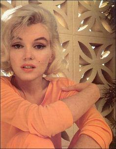 Marilyn Monroe aka Norma jean i have looked up to this woman for a long while now she is stunning and beautiful Marylin Monroe, Marilyn Monroe Quotes, Marilyn Monroe Makeup, Mae West, Sophie Marceau, Hollywood Glamour, Old Hollywood, Classic Hollywood, Hollywood Icons