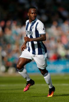 West Brom offer Saido Berahino a new deal as they fear he could sign a pre-contract agreement with another club in January