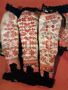 Hungarian embroidered sleeves of women's sheepskin jackets. Transdanubia Budapest, Ethnographical Museum Károly Szelényi