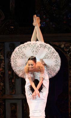 """"""" El Cascanueces"""" de P. Tchaikovsky, en el National Opera House de Ucrania (Kiev)."""