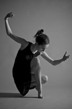 LEON POULTON - Dance [Studio]