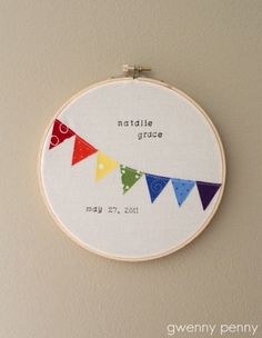 Gwenny Penny: Birth Announcement Embroidery Hoop  Looks easy enough.