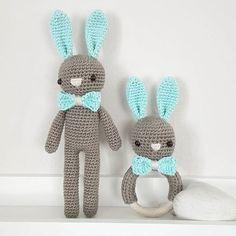 Hasenset mit farbigen Ohren und passender Schleife :-) #häkeln #crochet #gehäkelt #hase #bunny #türkis #braun #baby2016 #handmade #handmadewithlove
