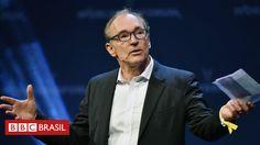 """O físico britânico Tim Berners-Lee, que idealizou e inventou a World Wide Web (WWW) lança um apelo para combater o uso indevido de dados pessoais e as notícias falsas que circulam pela internet. Em uma carta para marcar os 28 anos da invenção da web, ele se disse preocupado sobre a forma como a ferramenta vem sendo usada e afirmou que essas práticas """"têm um efeito assustador sobre a liberdade de expressão""""."""