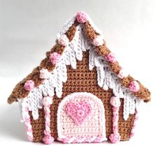Happy Thanksgiving! Today we are ready for the third and final installment of the crochet Candy Cottage Gingerbread House. It's time to add the decorations—door with heart, candy stick doorposts, gumdrops and icicles. I went pretty simple with this gingerbread house. My others, Gingerbread Cottage for example, are festooned with lots of candies, peppermints, candy canes and more. I decided this time to go with a simple tan, pink and white confection. OK so let's go! Crochet Candy Cottage…