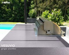 Last weekend for grilling! This outdoor barbecue uses Lapitec® Vesuvio in Grigio Piombo.