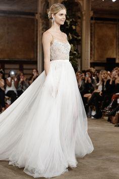 Brautkleidkollektion von Galia Lahav bei www.weddingstyle.de
