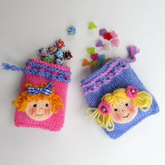 These little bags are fun to create and quick and easy to knit. They are ideal for hanging on the Christmas tree, take-home gifts at children's parties and very popular at craft fairs and bazaars. Only a small amount of yarn is required for each bag. Dolls'heads are knitted separately and stitched on. Choose from 3 sizes of bag.© 2017 Wendy Phillips