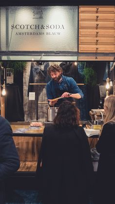 #amsterdamsblauw #amsterdamdenimdays Cool Restaurant, Restaurant Design, Gin Bar, Cozy Cafe, Couture Outfits, Food Court, Le Chef, Commercial Kitchen, Cafe Interior