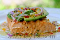 Grilled salmon with avocado salsa recipe - 10/10