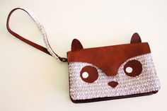 DIY - Cute animal purse tutorial. Make a this cute bag out of a thrifted bag and some lace curtain!