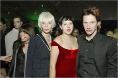 Gorgeous much? Is there anyone in this family who isn't gorgeous? Imagine the family reunions! Wall to wall hotness. Crazy! :p. (chicfoo) patricia/karina/keanu