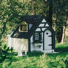 Children's need for play hasn't changed all that much from the past century, as the winning design of this playhouse, circa 1929, proves./