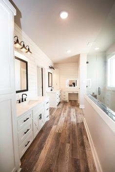 Dream House Plans, Dream Houses, House Rooms, New Construction, Modern Rustic, Future House, Master Bathroom, New Homes, Bathtub