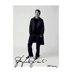 I love the idea of a contemporary Gentle/Man of effortless elegance which is different from the concept of a dandy who spends hours checking his style. I feel no limits in the creation of clothes yet I still remain faithful to the DNA of Valentino Couture. You need to know the rules to break them. Creative Director #PierpaoloPiccioli interview for @lofficielhommes Photographer: @mr_arroyo Stylist: @jerome.andre #ValentinoEditorials  via VALENTINO OFFICIAL INSTAGRAM - Celebrity  Fashion…
