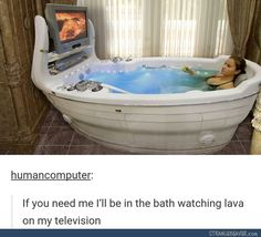 THIS BATH IS EVERYTHING I EVER WANTED (okay but imagine having ur knees up to your shoulders covered at the SAME TIME while lying in the bath!)