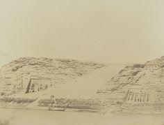 1849-1850 - Ibsamboul : vue générale des deux spéos. Photographe : Maxime Du Camp